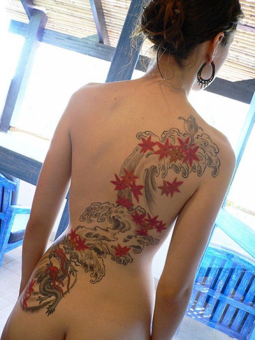 Sexy Girls With Japanese Tattoos Design on The Back Body