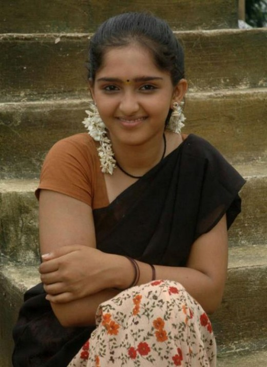 sanusha -tamil hot