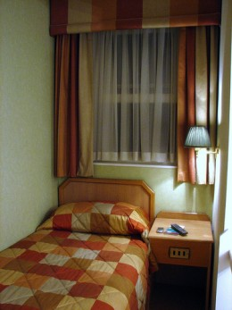 Small hotel room (actual size)