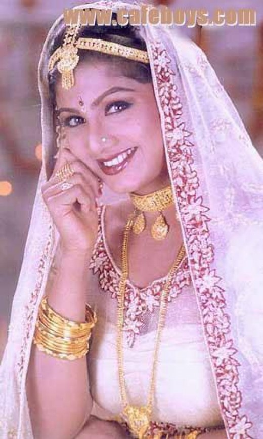 rambha naked in saree