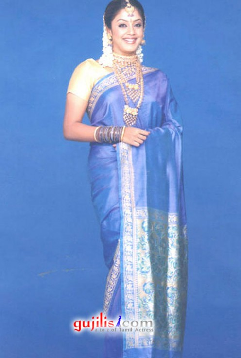 Of Entertainment ... Desi Mallu Aunty Open Blouse Without Saree Still ...