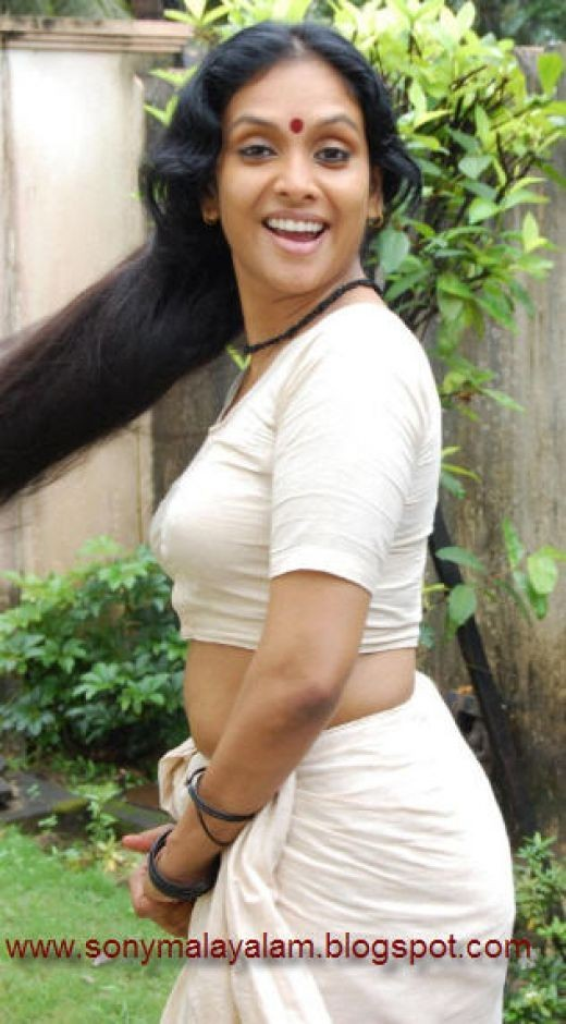 Jyothirmayi Mallu Hot Sexy Photos