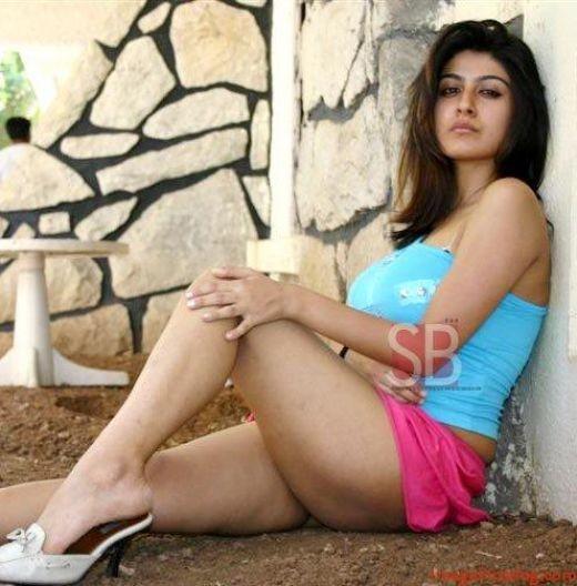 Hot Desi Sexy Indian Mallu Actress Secret Show Masala Photos, Taken without Their Permission