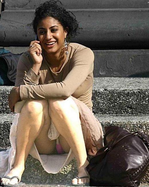 Hot Desi Sexy Indian Mallu Actress Secret Show Masala Photos, Taken without Their Permission
