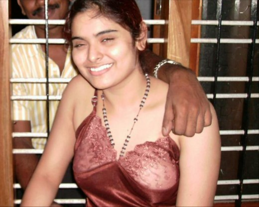 Kerala Desi Sexy Serial Actress Sajitha Bedi Masala Scandals New Photos