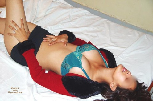 Desi Girls Hot Pictures Gallery