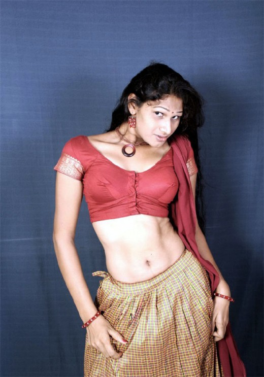 South Indian Girl exposing in half saree