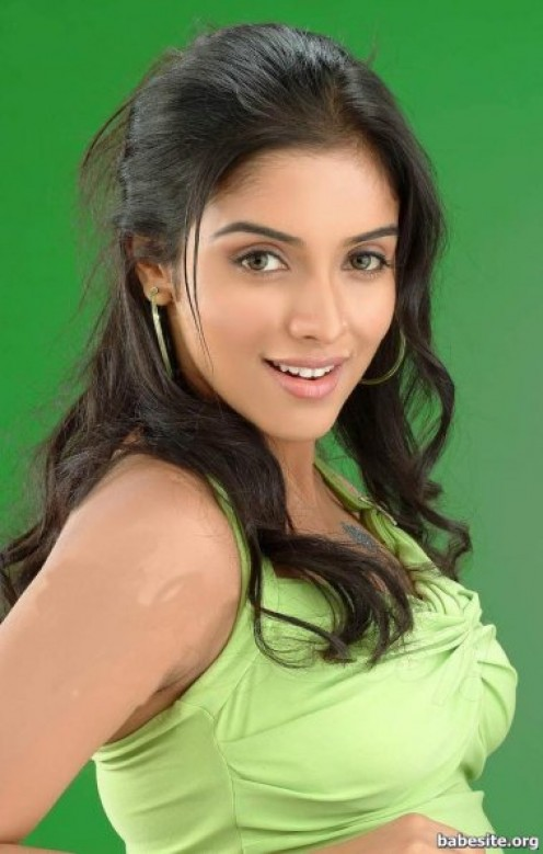 Asin hot boobs show 19