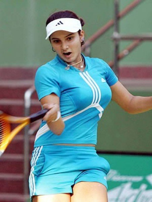 sania mirza busty boobs bouncing while playing a shot