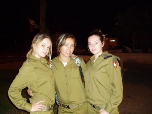Femmes militaires 390155_f520