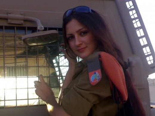 Femmes militaires 390158_f520