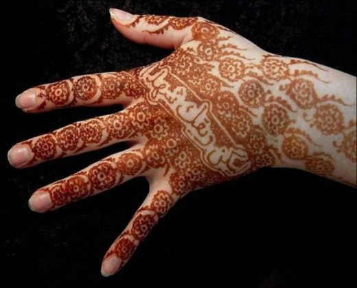 Henna Tattoo Designs - Such a Great Choice, But You'll Need Quality Art