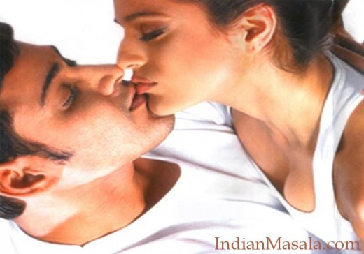 Amisha & Mahesh Babu Kissing