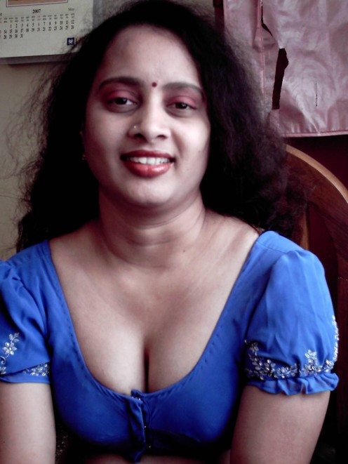 Maharashtra Sexy Girls,HouseWive hot Photos Image 1