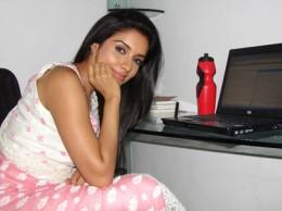 ghajini-indian-desi-actress-aasin-bollywood-sensation-asin-thottumkal