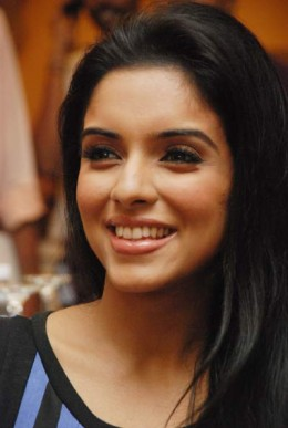 bollywood-south-indian-actress-asin