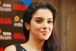 bollywood-indian-desi-actress-aasin-asin-thottumkal