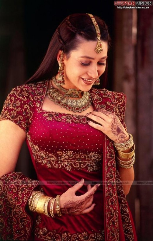 """Nicknamed """"Lolo""""  born June 25, 1974 in Mumbai, Maharashtra, India) is a National Film Award-winning popular Indian actress who appears in Bollywood films. Making her film debut in 1991, Kapoor went on to become one of the most popular actresses of h"""