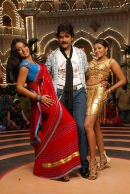 tamil-telugu-actress-trisha-king-movie-sets