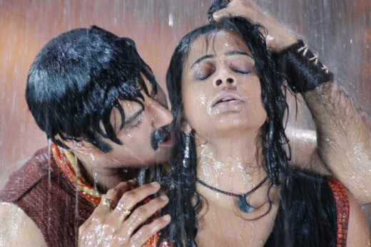 tamil-telugu-mallu-beauty-priyamani-wet-hot-sexy-with-balakrishna