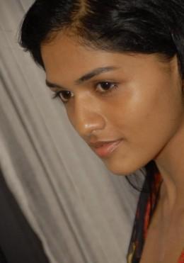tamil-actress-hot-sexy-sunaina