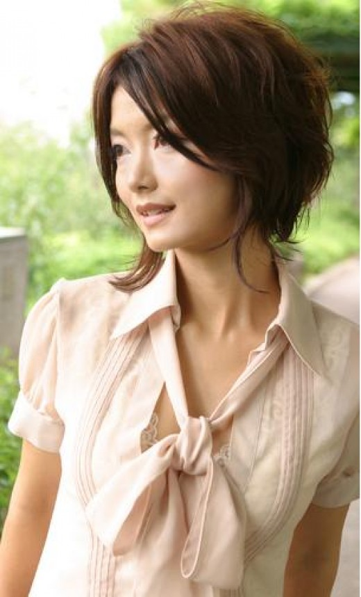 Long Layered Hairstyles Beautifull Girl with Long Emo Hair Style For Gilr