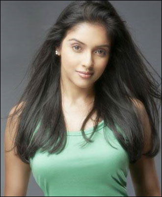 hot-sexy-desi-indian-actress-aasin-bollywood-hindi-tamil-telugu-mallu-keralastar-asin