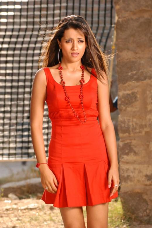 hot-sexy-desi-actress-skirt-miniskirt-dress-tamil-telugu-star-trisha-3sha-thrisha-thirisha-threesha-thirisa
