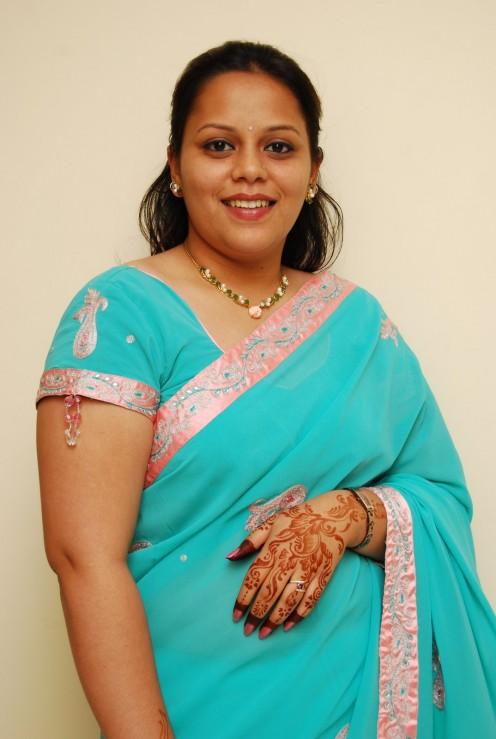 ... Aunts in India in Saree poses Image 0. Desi Masala,Telugu Sex Stories ...