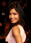 hot-sexy-bollywood-hollywood-indian-desi-actress-freida-pinto