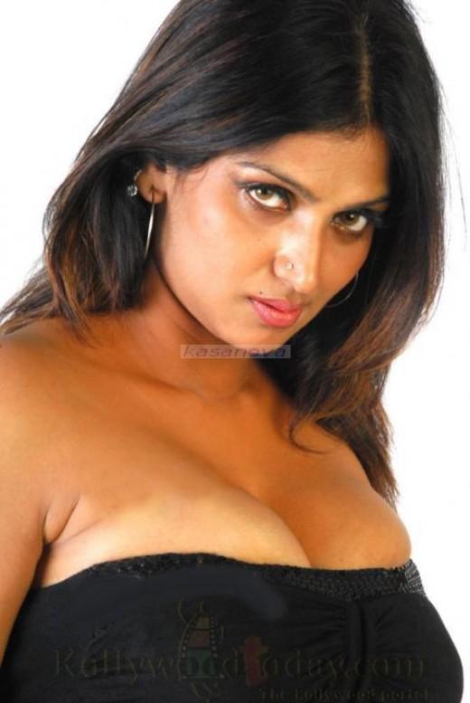 big boobs bhuvaneswari