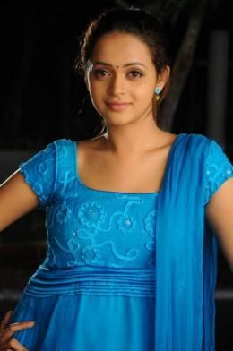 hot-sexy-mallu-beauty-star-bhavana-bavana-kerala-film-cine-actress