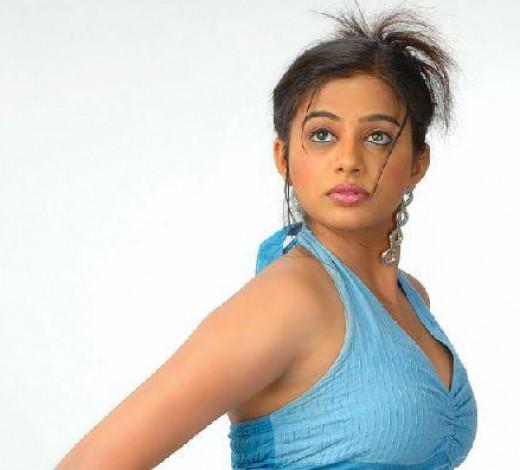 Dusky Diva Priyamani
