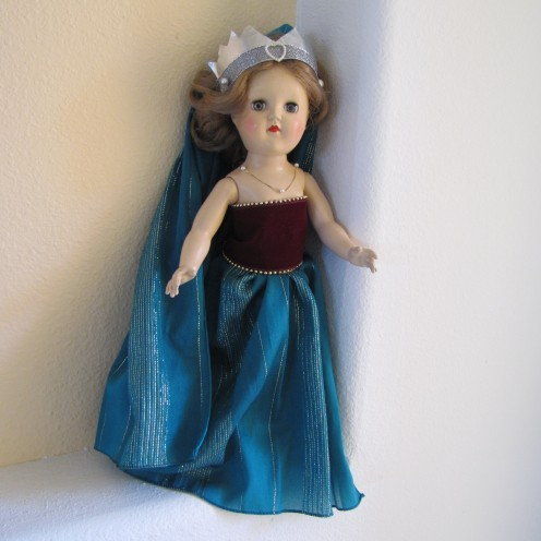 Learn how to make this doll outfit from a scarf at http://virginiaallain.hubpages.com/hub/doll-princess-dress-scarf