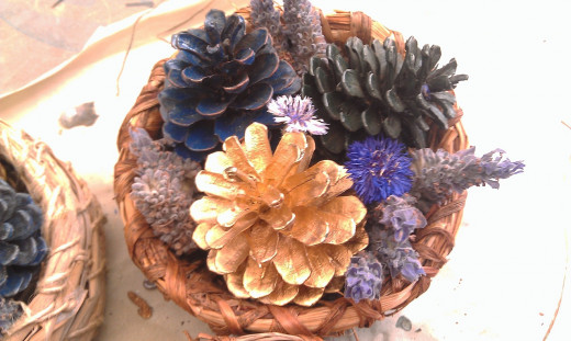One of our completed centrepiece baskets