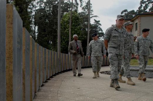 US Air Force and US Army Educators of Ethiopian Defense Command and Staff College (US Army Photo/Rick Scavetta)