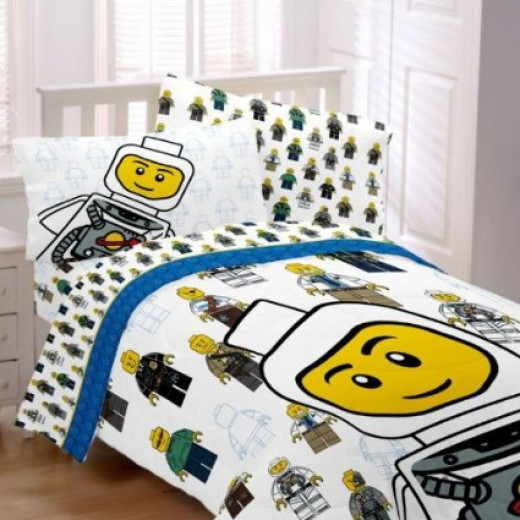 Lego Officially Licensed Twin Comforter and Sheet 5-Piece Bed Set