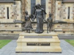 Who was Mary MacKillop? : Australia's first saint