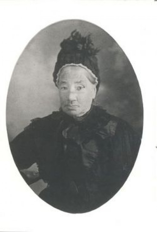 This is a photo of Mary McKinnon (nee McMillan)