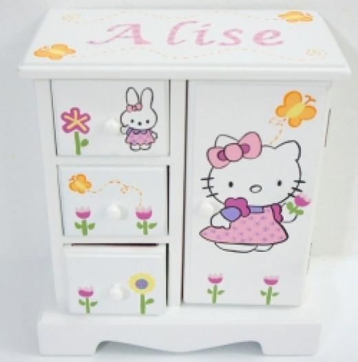 Musical Jewelry Box Hello Kitty