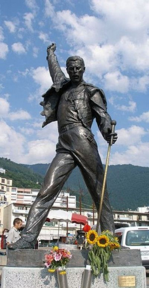 Freddie Mercury statue, overlooking Lake Geneva, Switzerland.