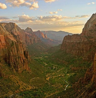Zion Canyon as seen from Angel's Landing