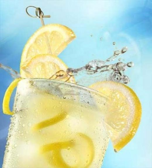 A refreshing glass of lemonade for the summer