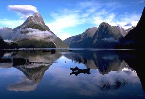 Milford Sound New Zealand. Milford Sound, New Zealand#39;s