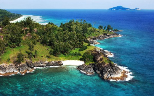 Inner Islands of the Seychelles feature one of the most beautiful beaches in the world and also forms the economic & the cultural hub of the country.