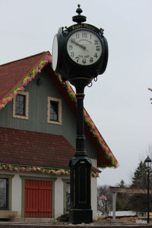 Look At The Time... I Mean, The Clock!