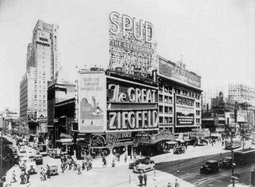 Astor Theatre, broadway 1936