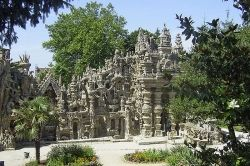 Le Palais Ideal by Ferdinand Cheval, France - public domain image, Wikipedia