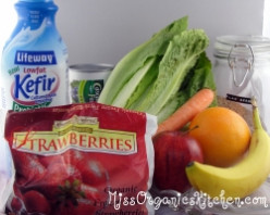 Green Smoothie Ingredients for a Healthy Meal or Snack