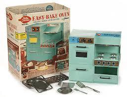 The original Betty Crocker Easy Bake Over.